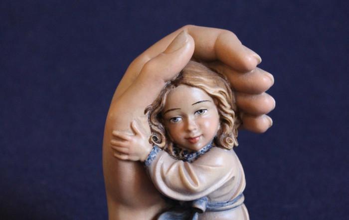 Idea bomboniera Comunione protezione bambina