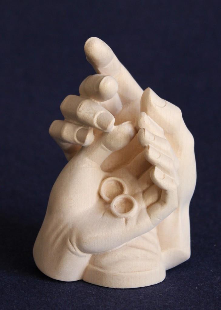 Protezione mani e anelli - idea regalo bomboniera per un matrimonio