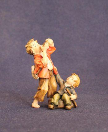 Coppia bambini al pozzo statuina del presepe tradizionale
