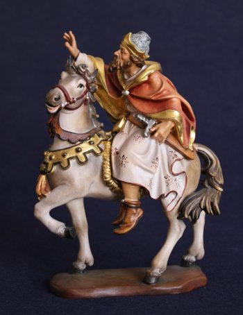 King on horse statue