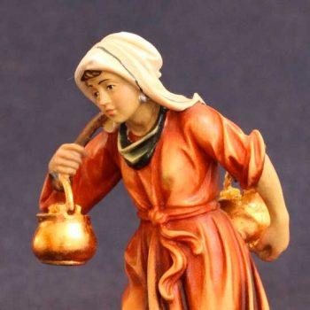 Statuina presepe pastorella con due brocche - Versione dipinta