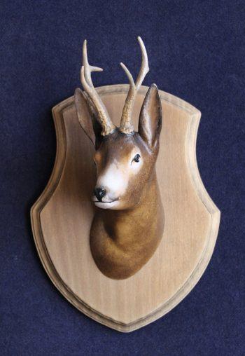 Scultura in legno testa capriolo