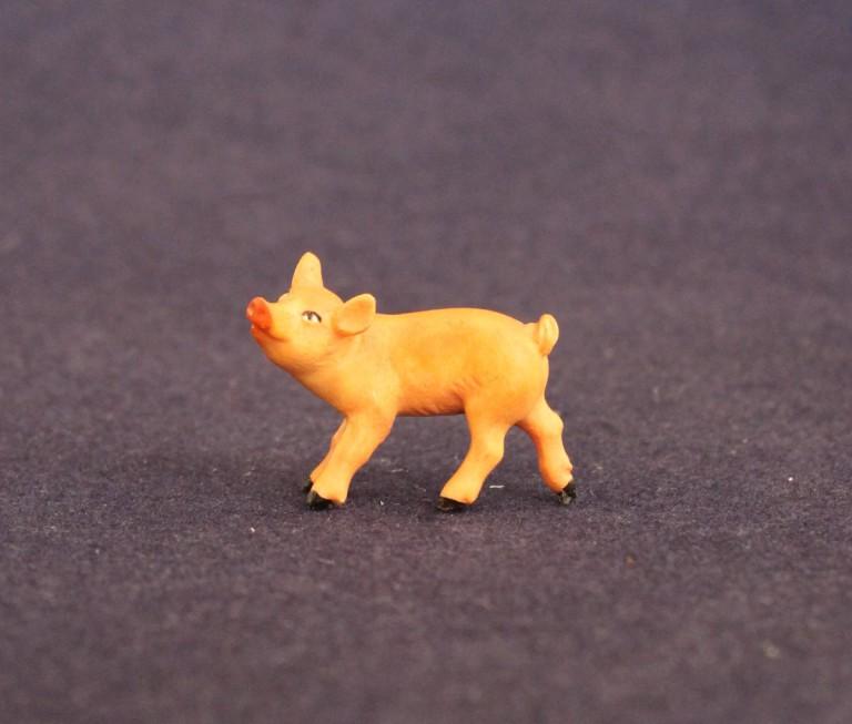 Piglet turned left
