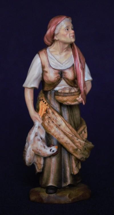 Nonnina con gallina statuina in legno presepe