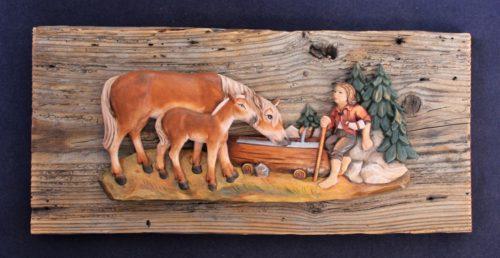 Rilievo in legno cavallo con puledro